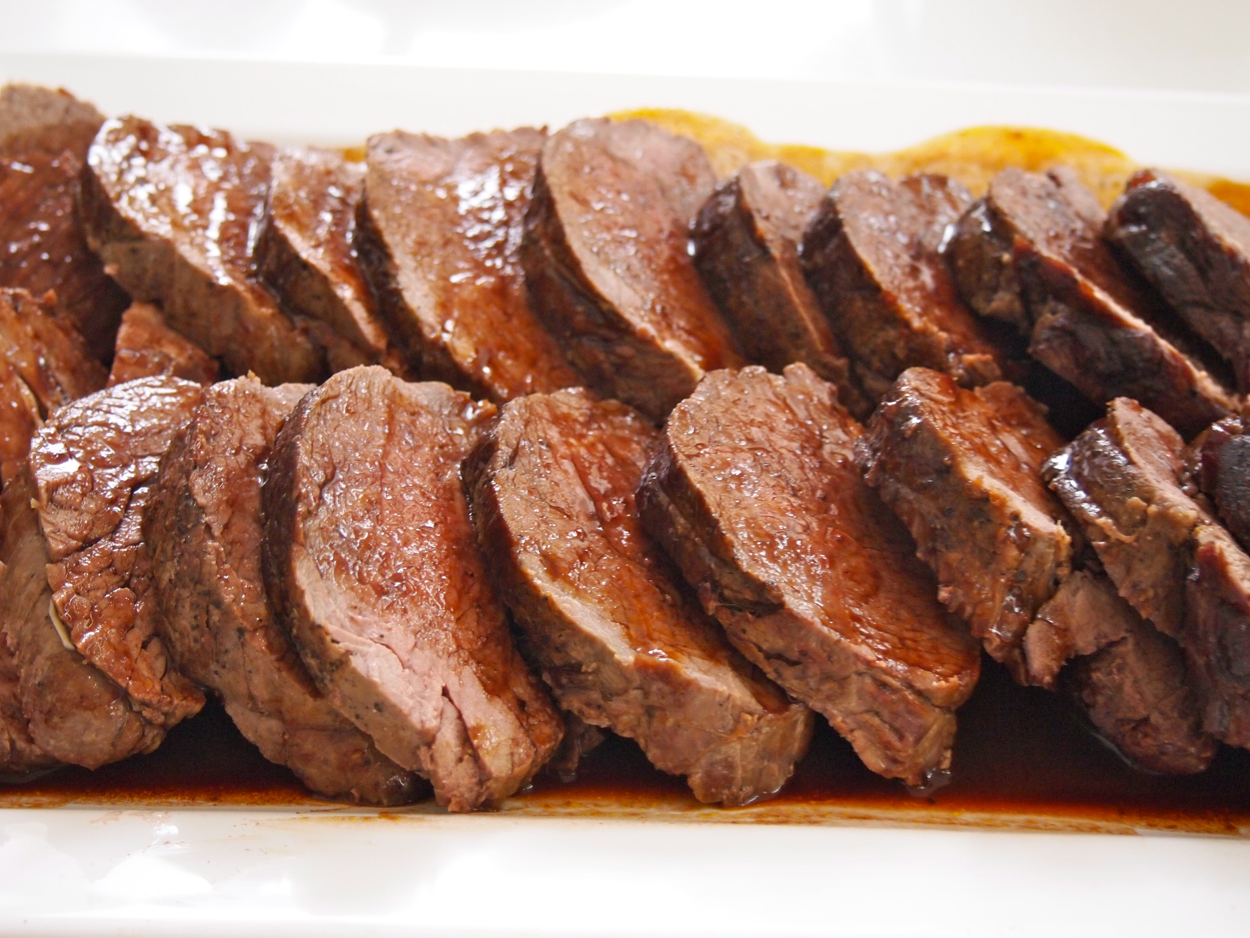Whole Roast Eye Fillet of Beef with Killer Red Wine Sauce | Mustard With  Mutton