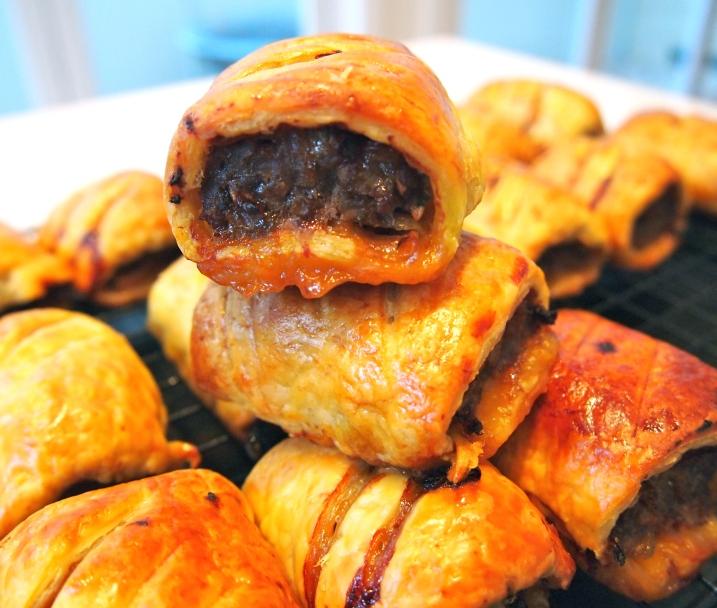 Beef, Cheddar & Caramelised Onion Sausage Rolls