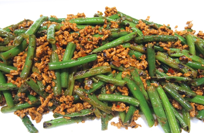 A Great Asian Side Dish - Szechuan Green Beans with Spicy Mince