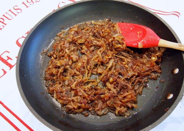 Perfect Caramelised Onions for Pissaladiere