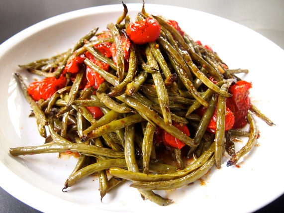 A Side Dish to Feed a Crowd - Roasted Geen Beans & Tomatoes