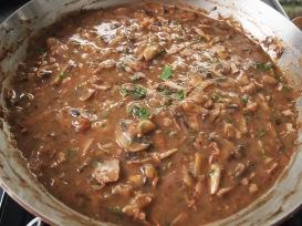Mushroom Gravy for Jager Schnitzel
