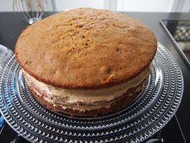 English Coffee & Walnut Cake