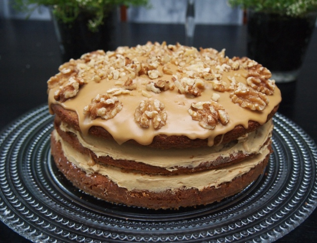 Old Fashioned English Coffee & Walnut Cake
