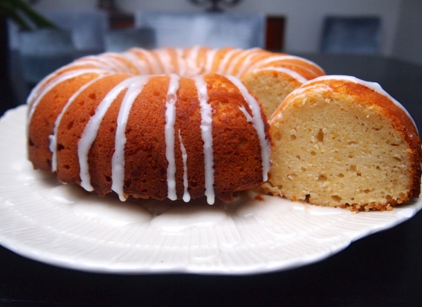 The Perfect Cake for a Cup of Tea - Yogurt Cardamom Cake