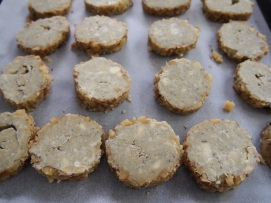 Ina Garten - Blue Cheese & Walnut Crackers