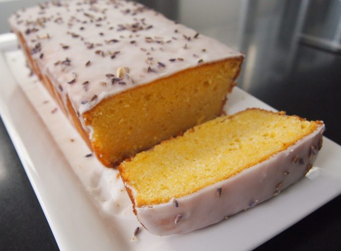 Best Ever Lemon Drizzle Cake