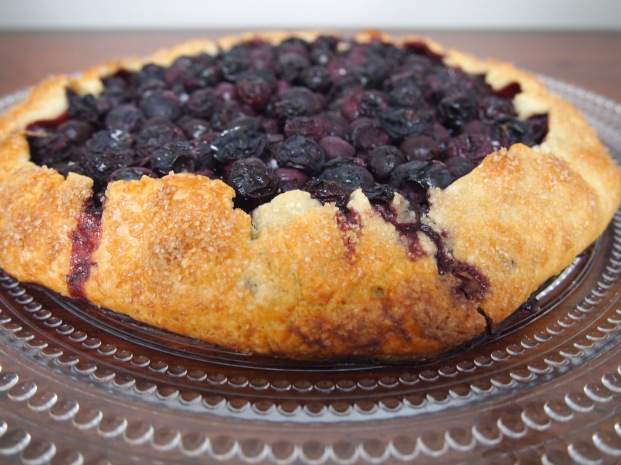 Easy free form Blueberry pie